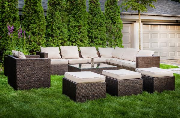 d61a5dfcbf10 Záhradný nábytok vo vašej záhrade