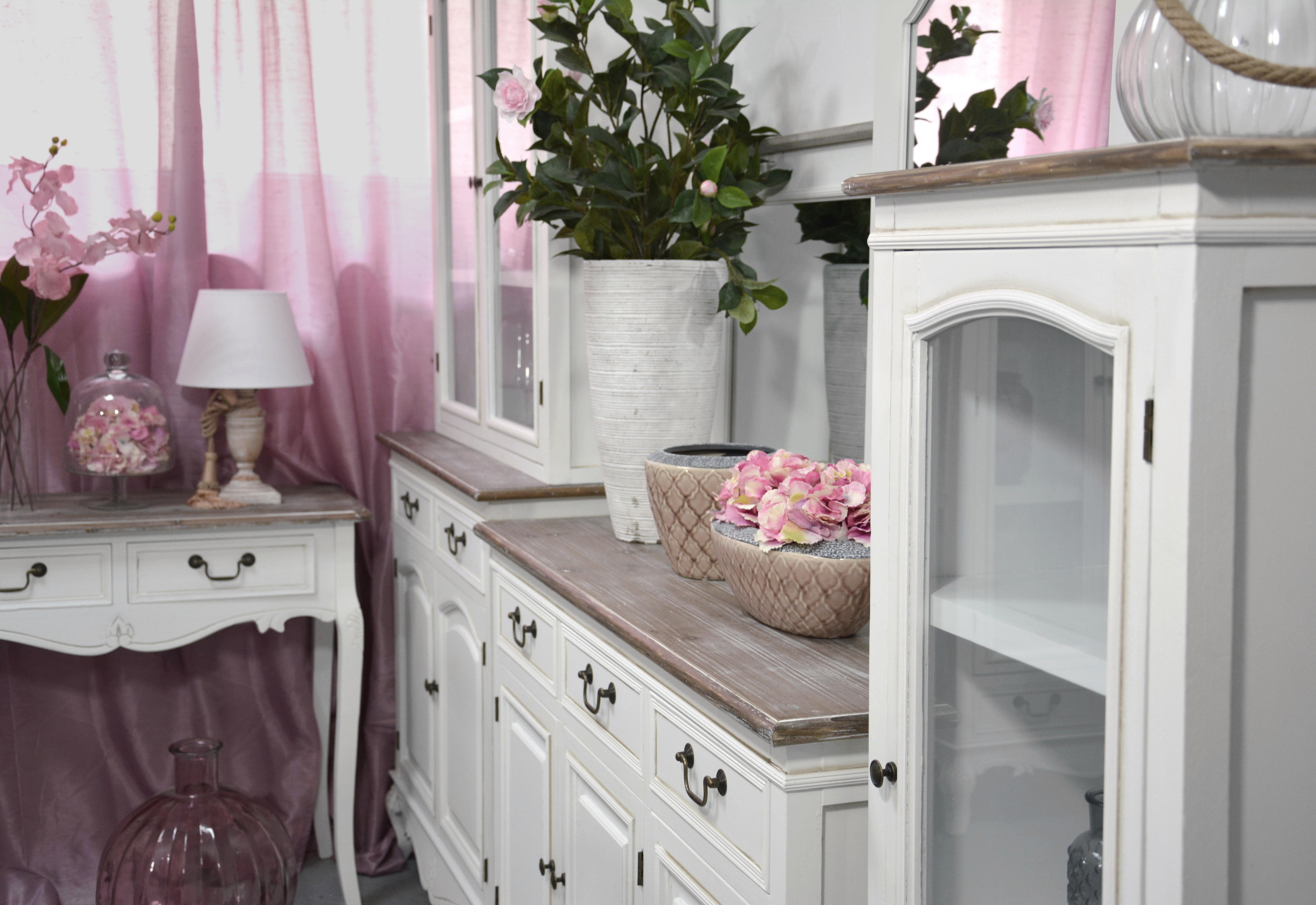 8f5eef3e6 Rozprávkovú atmosféru do Vášho domu či bytu vnesie táto dokonalá sektorová  kolekcia nábytku s názvom Rimini