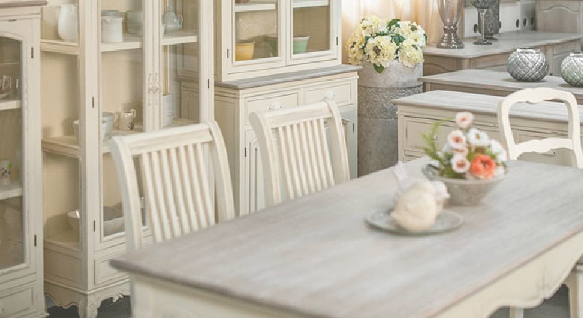 a0155191e6ca Rozprávkovú atmosféru do Vášho domu či bytu vnesie táto dokonalá sektorová  kolekcia nábytku s názvom Rimini. Celá zostava je vyrobená v duchu  provensálskeho ...